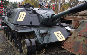 MBT-70_1-35_Dragon_dioramaquettes35-0