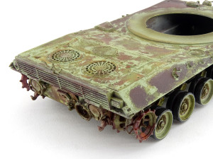 MBT-70_1-35_Dragon_dioramaquettes35-220
